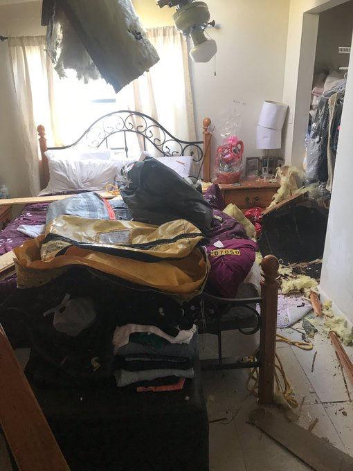Un radeau canadien tombe du ciel dans une maison de Miami