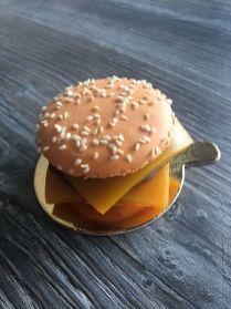 Maison Valentine - Mac Burger
