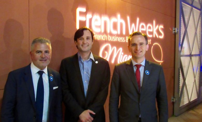 Alain Ouelhadj, un représentant de la Ville de Miami, et le consul général de France, Clément Leclerc