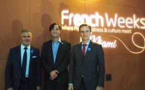 Alain Ouelhadj, un représentant de la Ville de Miami, et le consul général de France, Clément Leclerc.
