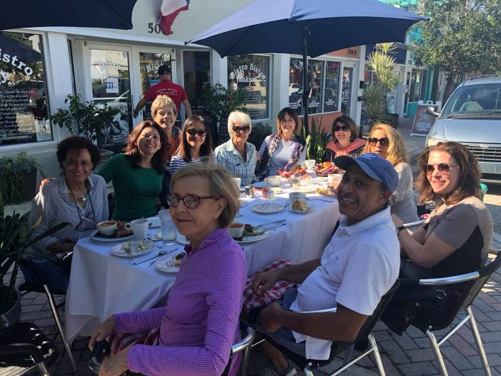 "Chaque semaine la Multilingual Society de Palm Beach organise ses ""Breakfasts in French"""
