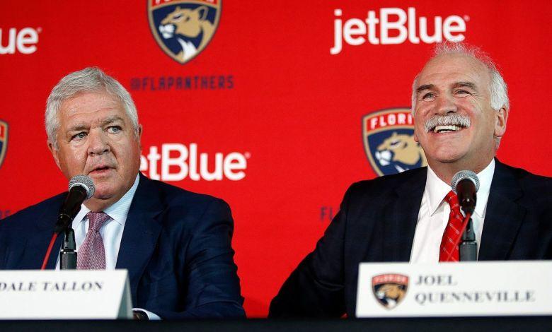 Dale Tallon et Joël Queneville durant la conférence de presse.