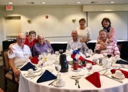 Soirée entre membres (Crédit photo : Cercle Français de Pinellas County)