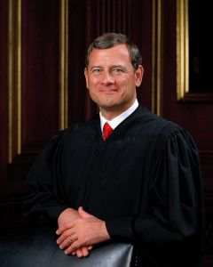 """Le """"Chief Justice"""" John Roberts, qui préside la Cour Suprême des Etats-Unis"""