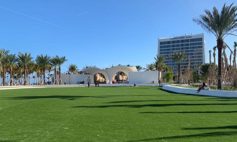 Oceanside Park sur la plage de Las Olas à Fort Lauderdale en Floride
