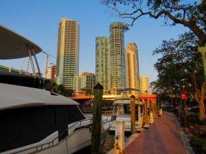 La New River dans le centre de Fort Lauderdale