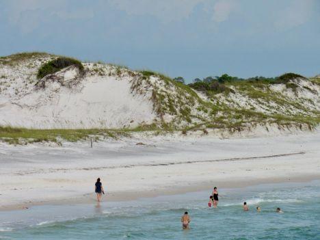 Plage près de la jetée au St Andres State Park de Panama City Beach