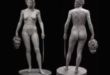 Photo de Devant le tribunal de New-York, c'est Méduse qui tient la tête de Persée !
