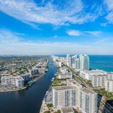 Louer un appartement ou un condo près d'une plage de Floride.