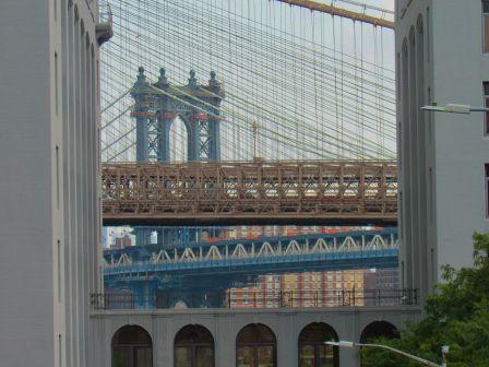 La forêt de câbles des ponts dans le quartier de Dumbo, à Brooklyn (notre guide de New-York)
