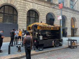 """Ambiance """"BBQ"""" à Wall Street"""