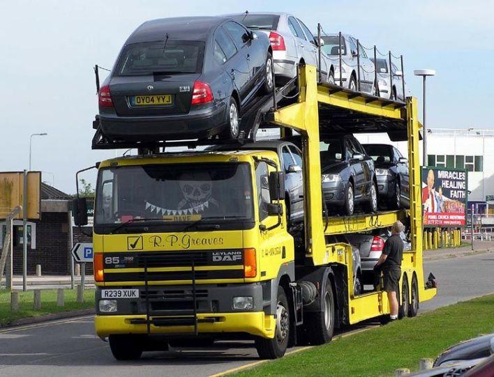 Faire tranFaire transporter son auto ou VR du Québec jusqu'en en Floride. sporter son auto ou VR du Québec jusqu'en en Floride