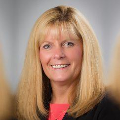 Paula Poirier, vice-présidente des opérations SMU de Services de santé Medavie et chef des opérations d'Emergency Medical Care inc.
