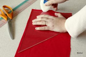 cours de couture initiation à la machine à coudre, marquer et découper son tissu