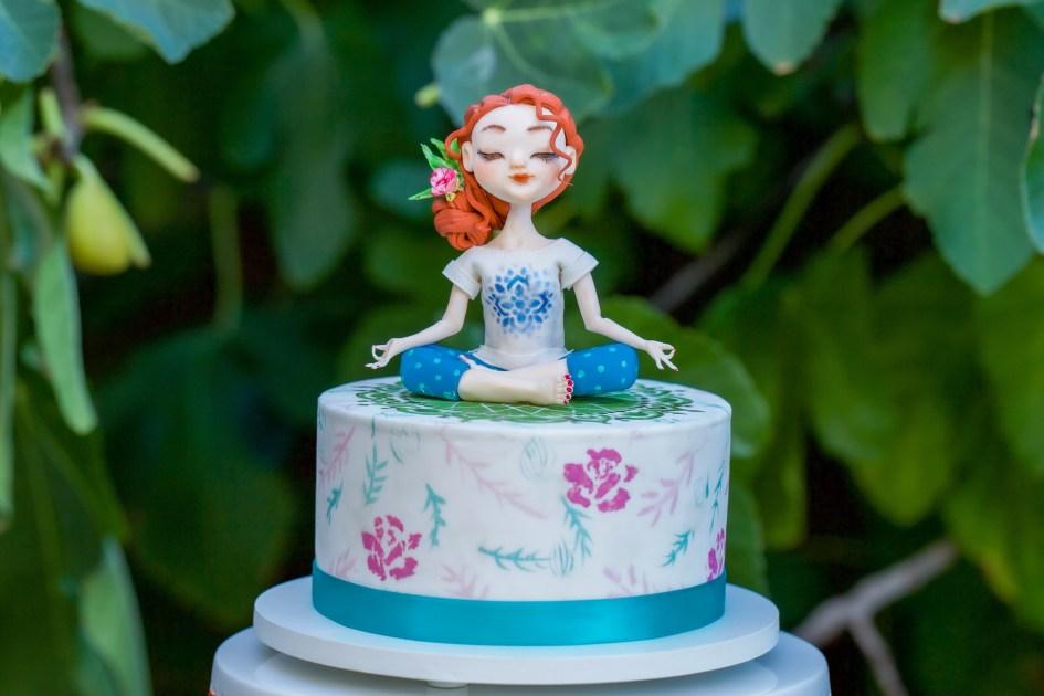 Yoga Girl Cake Cake Classes Los Angeles Coursehorse Yi Cakes