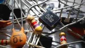 Electronics Fundamentals , Devices , Circuits & Applications