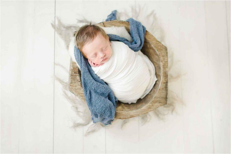 Courtney Griffin Photography houston newborn photographer potato sack pose family photographer texas sugar land baby photographer houston mom blogger