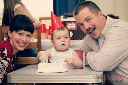 Regina Family Photographer - 1 Year Old - Gordon Cake Smash 2