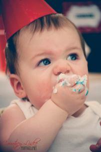 Regina Family Photographer - 1 Year Old - Gordon Cake Smash