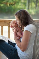 Regina Baby Photographer-Lucas Newborn-Porch Kisses