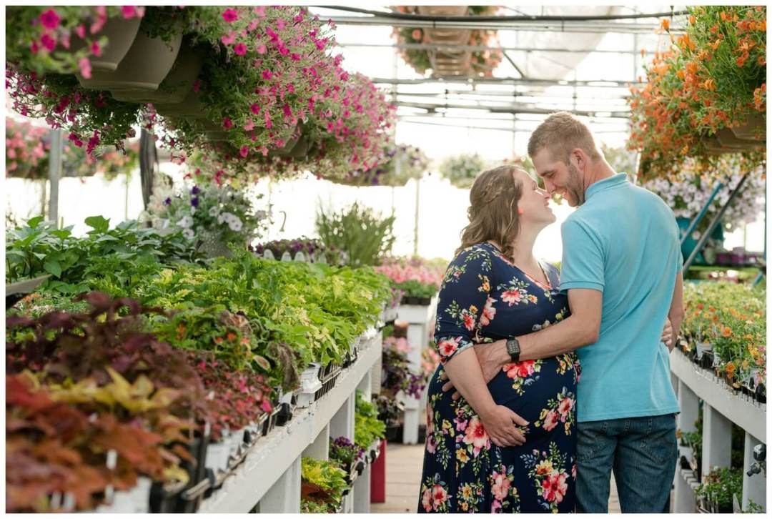 Regina Maternity Photographer - Justin-Charissa - Regina greenhouse session