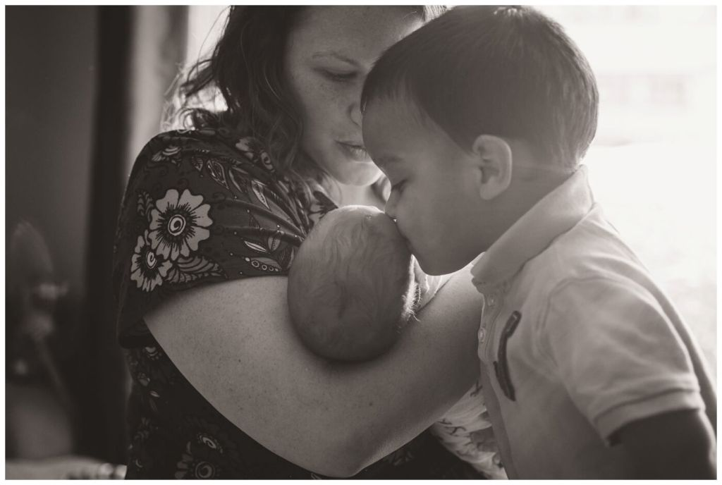 Regina Family Photographer - Avery - Big brother kisses
