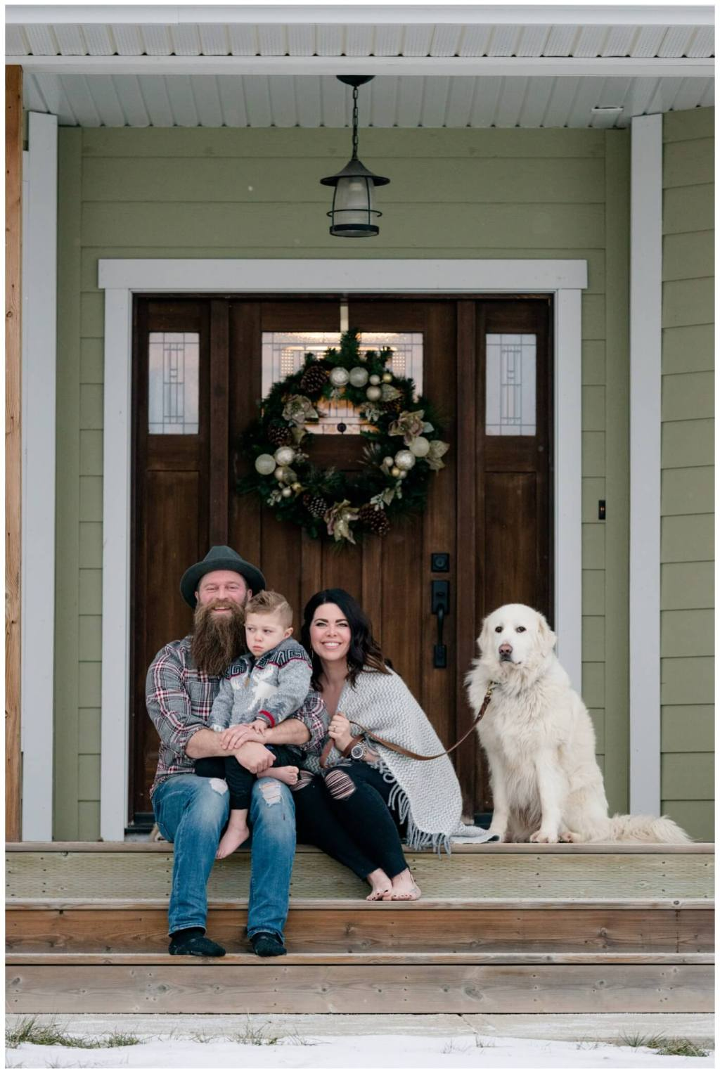 Regina Family Photography - Keen Family - Dionne-Timothy-Shepherd - In home Family Session - Front Porch Snuggle - Blanket - Barefeet - Blanche Devereaux