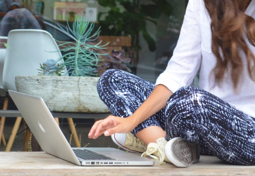 Courtney Scott Bushwick AP Cafe Typing Outside