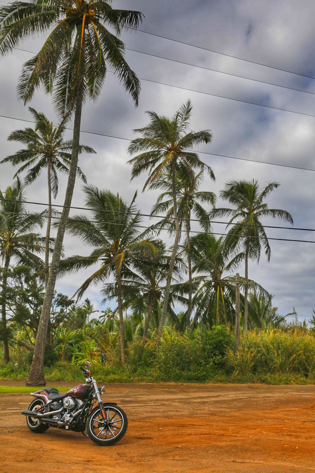 Motorcycle-in-Hawaii-North-Shore-Oahu