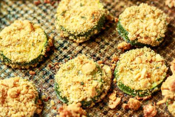 Tasty Vegan Cashew Zucchini Rounds