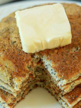 vegan almond poppy seed pancakes