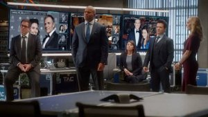 Dr. Jason Bull and his team of trial consultants on CBS' Bull.