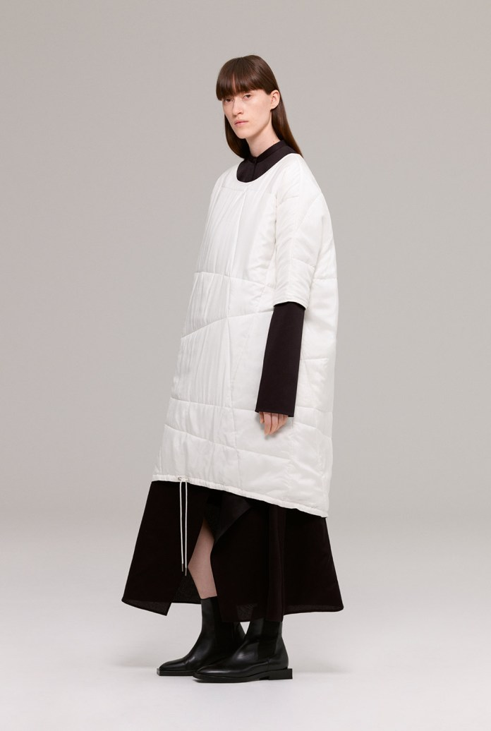 Quilted oversized t-shirt dress with drawstring hem