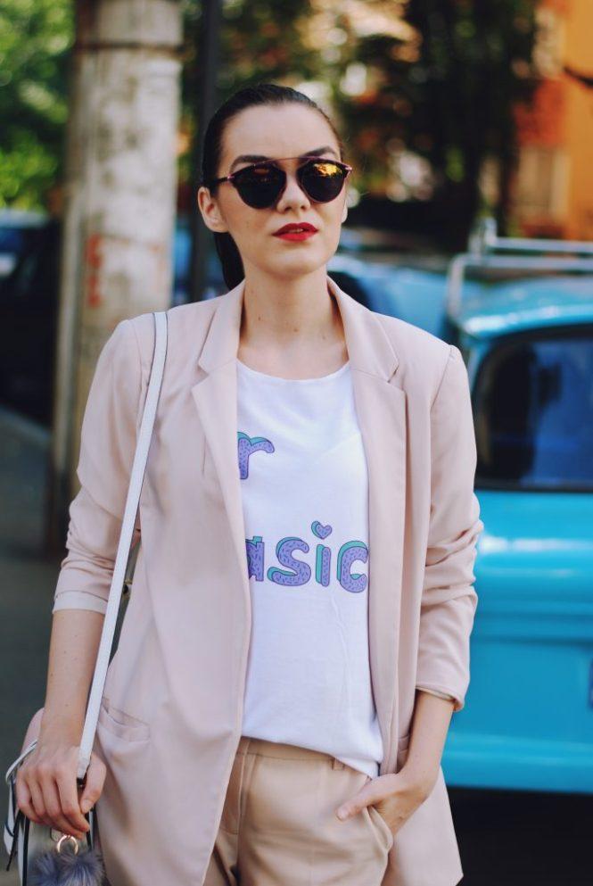 Blush pink blazer, blush pink trousers, white tshirt, gold metallic flat mules, pink sunglasses, cute pink summer outfit, pink crossbody bag, Andreea Birsan