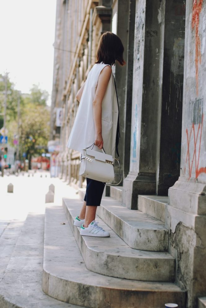 Skinny scarf, white camisole, white waistcoat vest, zara navy culottes, white crossbody bag, stan smith white sneakers, sunglasses, cute summer outfit, Andreea Birsan