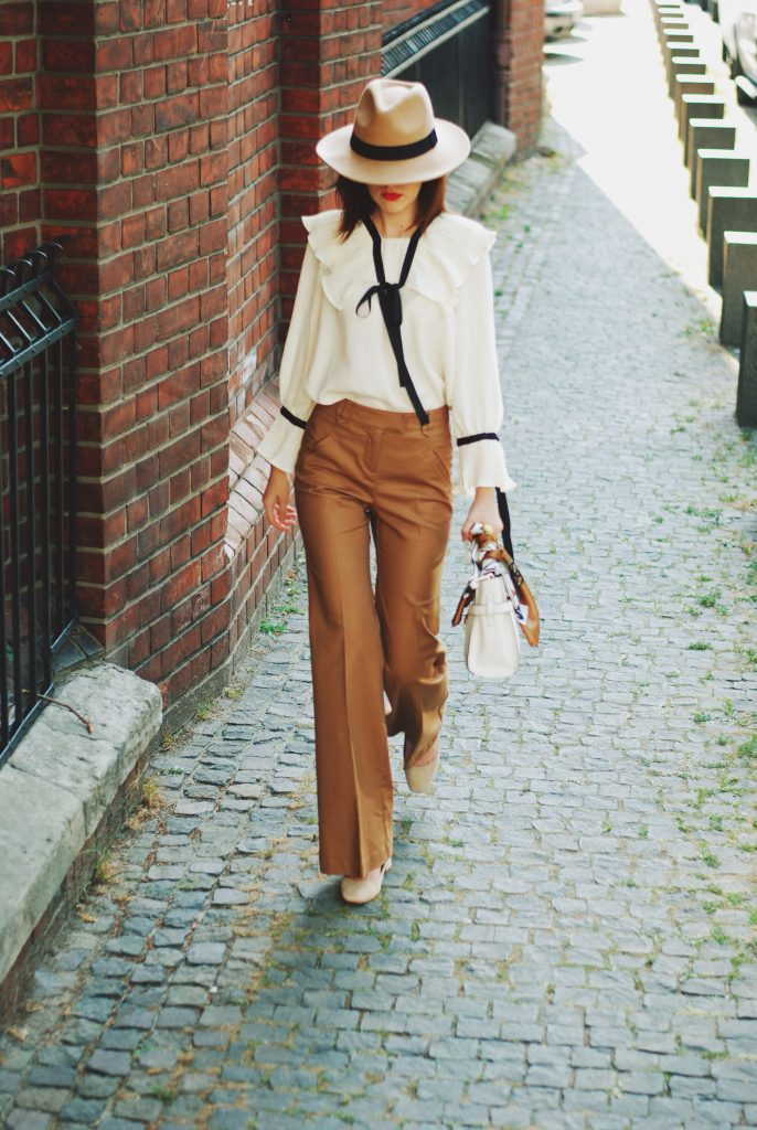Ruffle Top Amp Flared Camel Pants How To Bring Your Outfit