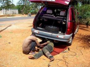 Welder_working_on_van