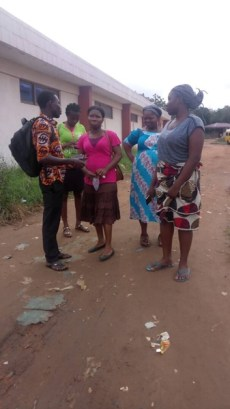 David and Della witnessing to 3 women