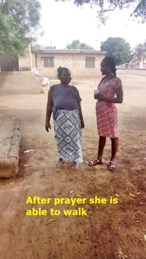 Della praying for a woman - Now healed