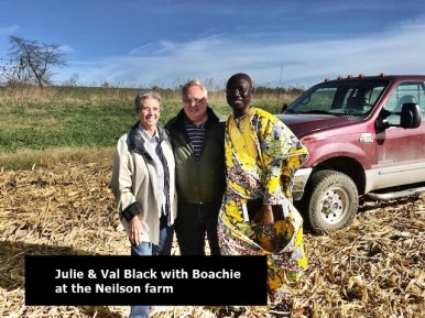 Julie B, Val & Boachie in the field at Neilson's Oct 26, 2017