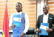 Stonebwoy wins another ambassadorial deal with Tecno mobiles