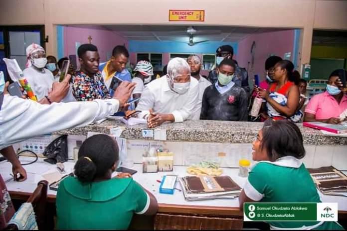 Sammul Okudzeto Ablakwa pays bills for children at Battor Catholic Hospital