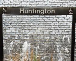 Huntington sign