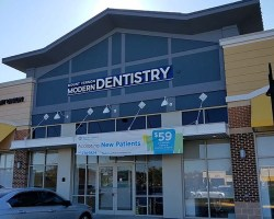 Exterior of dentist office in plaza