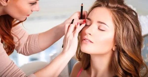 Makeup Artist Job Description Page Image