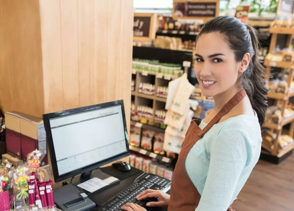 Cashier Cover Letter  Examples