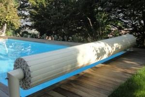 couverture-automatique-piscine-hors-sol-avec-pied-prestige-coloris-complet-sable