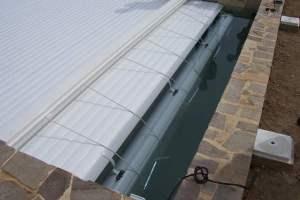 couverture-rideau-immerge-installation-par-notre-equipe