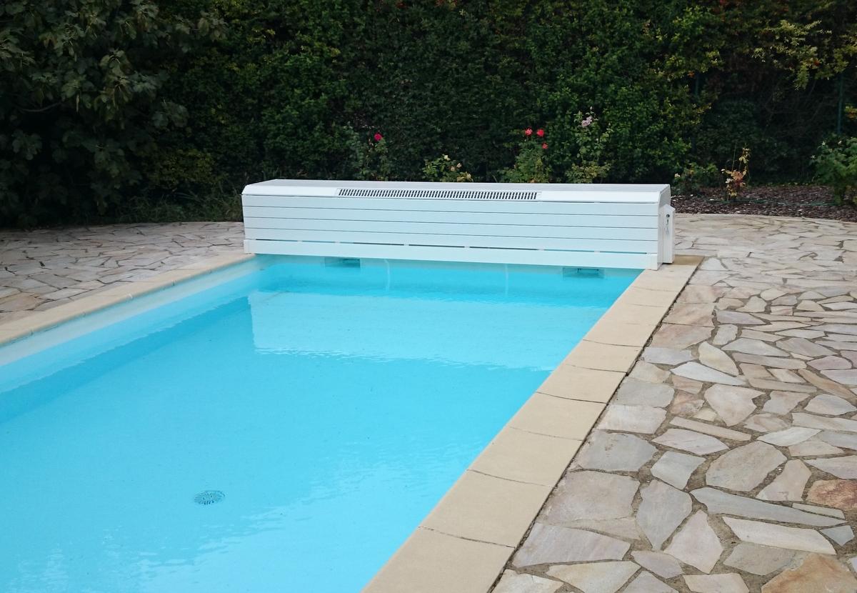 Rideau pour piscine un volet piscine plutt quuun autre for Rideau pour piscine