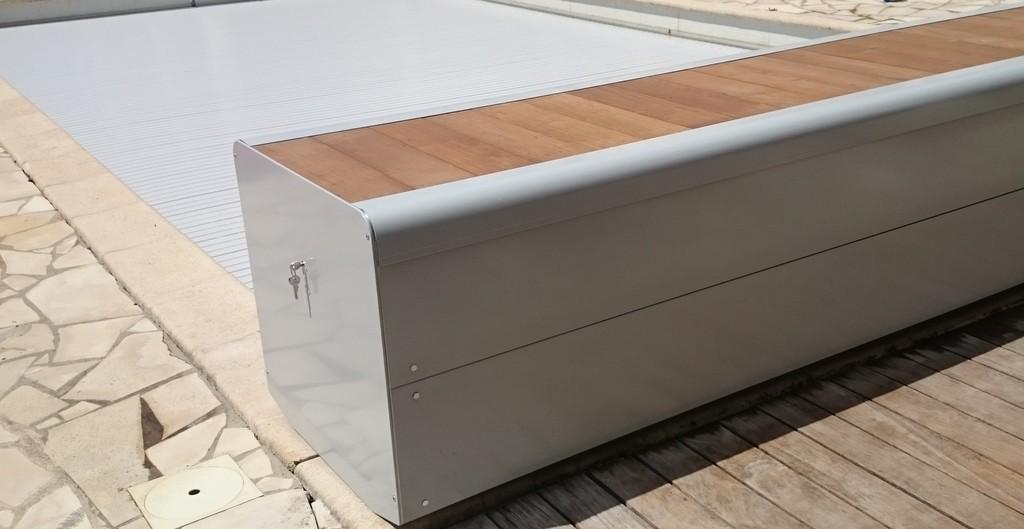 Volet roulant piscine gris id es de design for Liner piscine solde